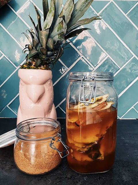 Tepache van ananas schil